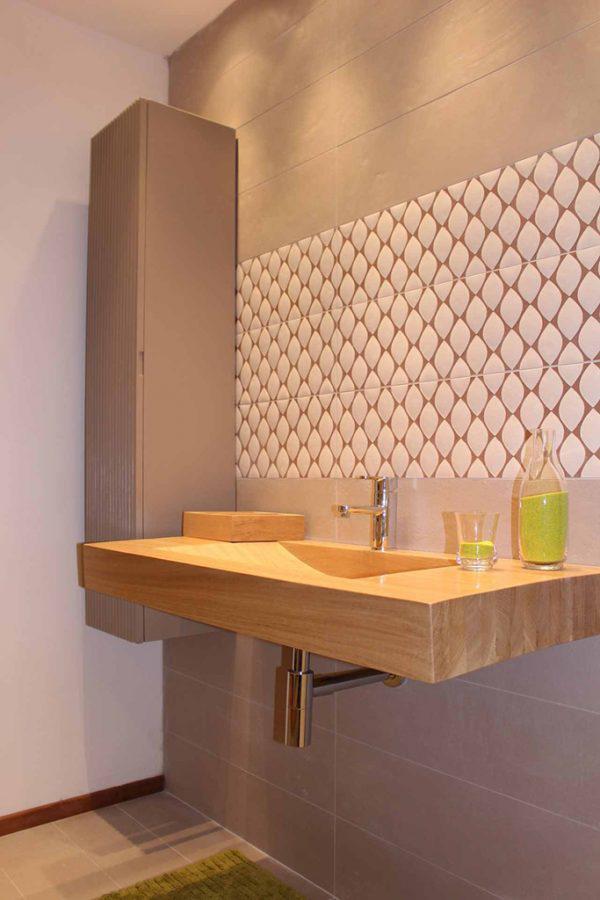 Mobilier baie din lemn MBE51